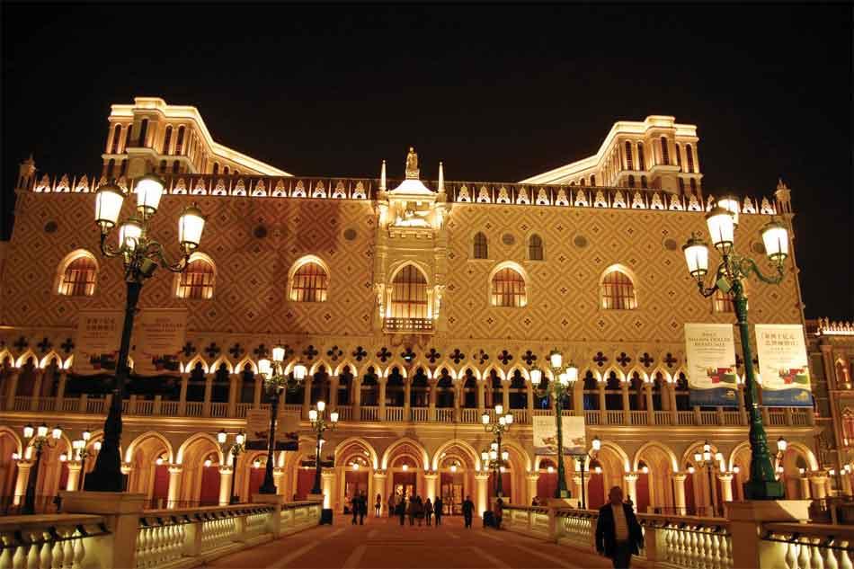 Venetian-Hotel-one